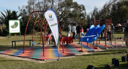 Rincón Infantil inaugurado en la rambla de La Floresta.